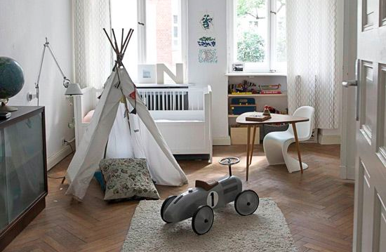 www.desiretoinspire.net/blog/2012/9/24/readers-home-martins-scandi-apartment-in-berlin.html