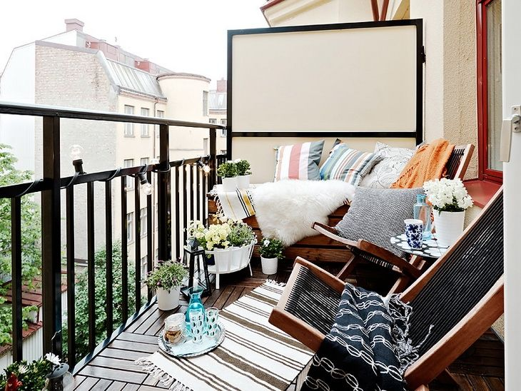 un coin lecture sur mon balcon les p 39 tits mots dits blogue de litt rature jeunesse. Black Bedroom Furniture Sets. Home Design Ideas