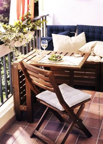 Un coin lecture sur mon balcon !
