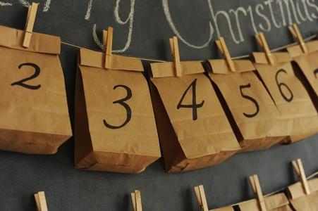 Sacs en papier - Calendrier de l'Avent pour patienter jusqu'à Noël