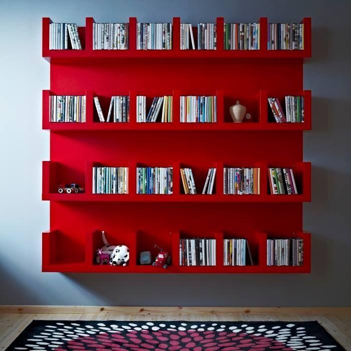 l tag re ikea lack avec 6 casiers les p 39 tits mots dits blogue de litt rature jeunesse. Black Bedroom Furniture Sets. Home Design Ideas